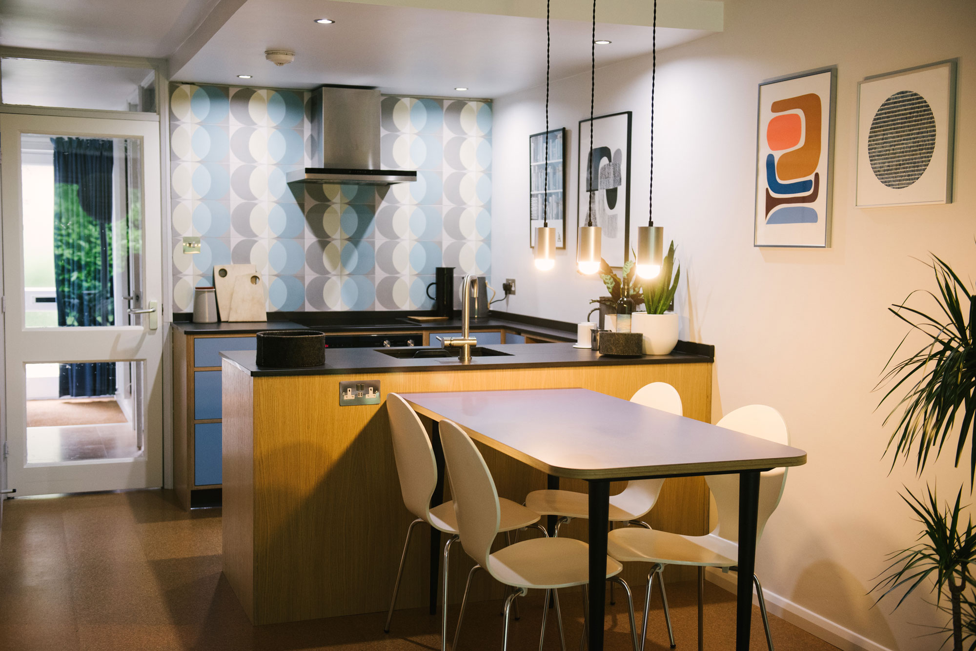 Mid-Century-Modern-Kitchen