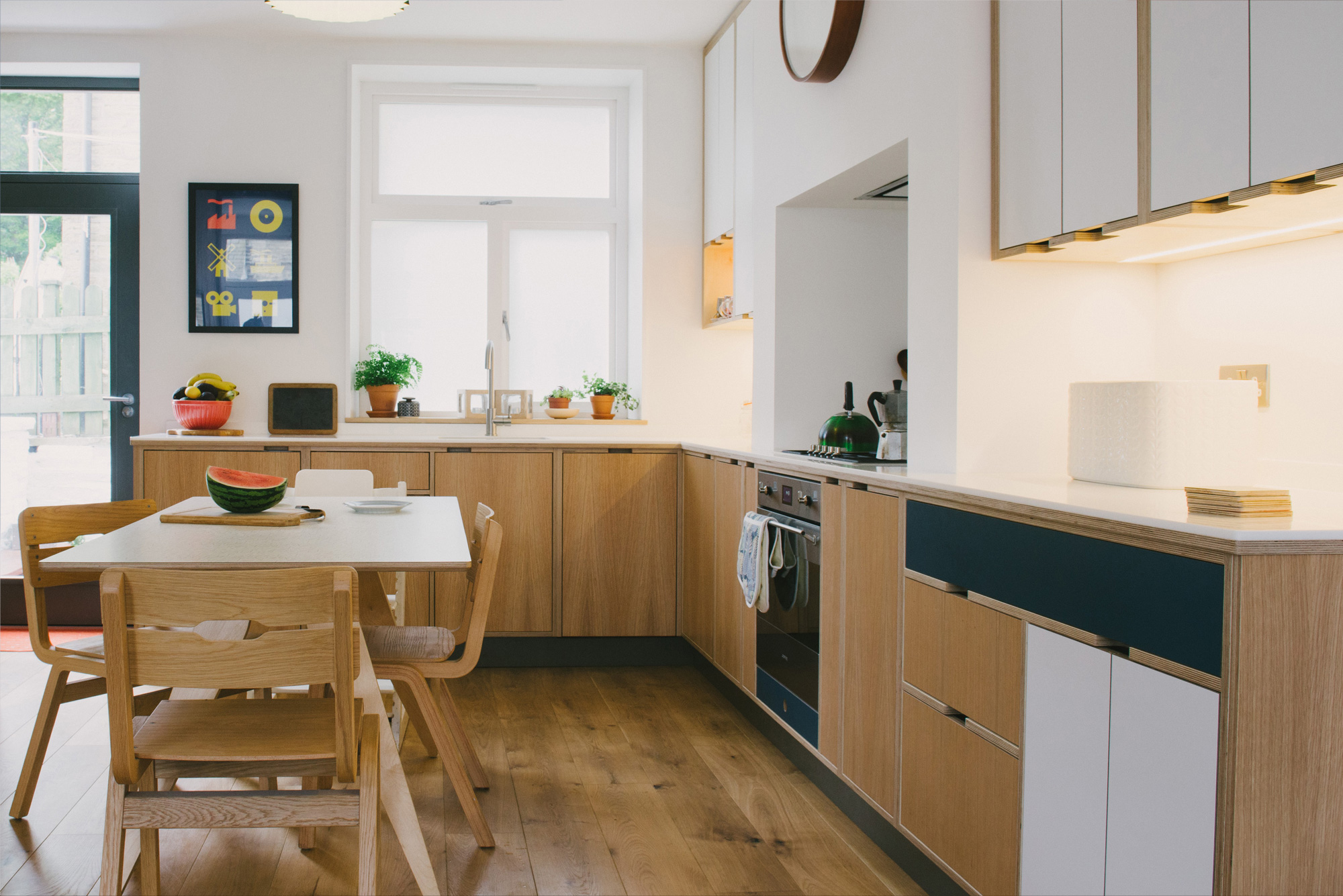Bespoke plywood kitchen - Oak veneer kitchen